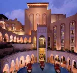 Shangri-La-Hotel-Abu-Dhabi-exteriorFILEminimizer-1024x967